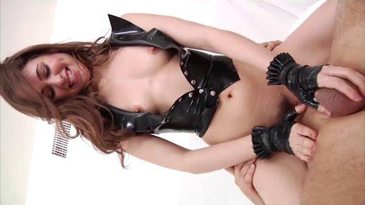 Изображение Молодая шлюшка в корсете любит секс пожестче